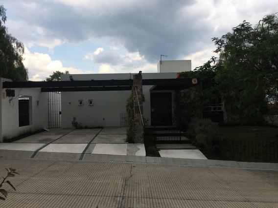 Amplia Casa Con Alberca En Real De Juriquilla