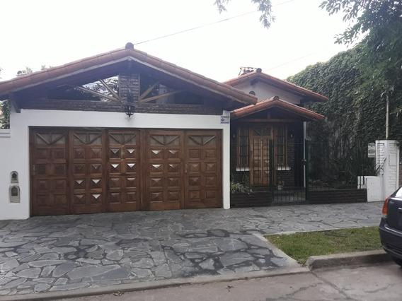 Casa En Monte Grande, En La Mejor Zona, Apta Emprendimiento