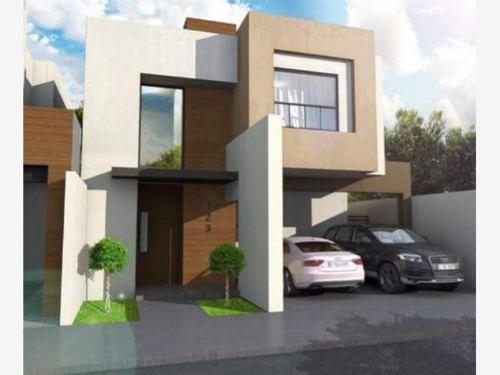 Casa En Venta En Col. Del Valle Ramos Arizpe. Coahiila