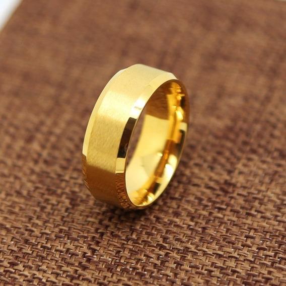 Aliança Aço De Titanio Chanfrada Banhado A Ouro