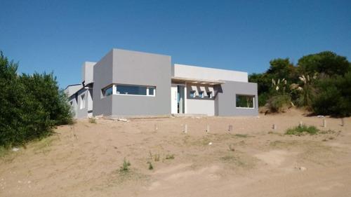 Chalet 5 Ambientes En Costa Esmeralda // N° Ficha 22542