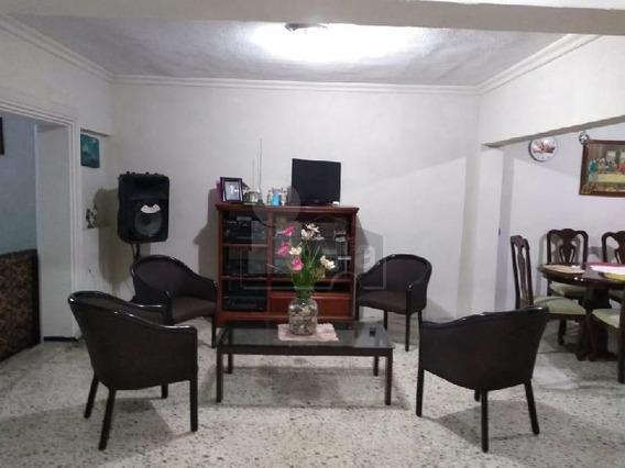 Casa En Francisco Villa, San Nicolás De Los Garza