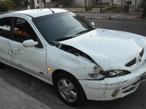 Renault Megane Chocado Funcionando