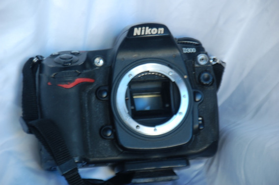 Camara Nikon D300 Con Lente 50 Mm 1.8 350 Pepinos
