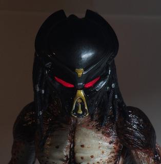 Neca - The Predator - Ultimate Fugitive (lab Escape)