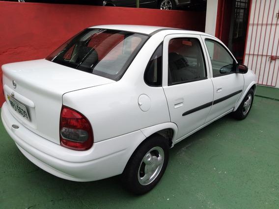 Coras Sedan Classic 2003 Branco