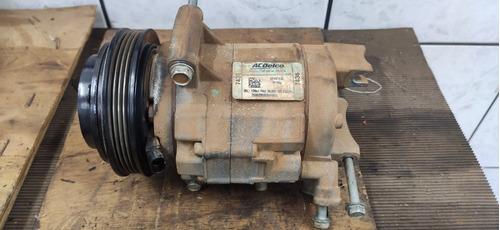 Imagem 1 de 2 de Compressor De Ar Condicionado Camaro Ss 2011