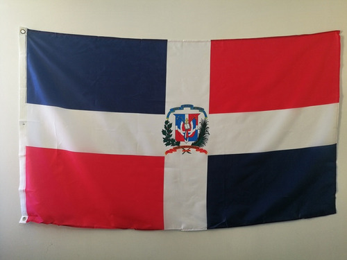 Imagen 1 de 3 de Bandera De República Dominicana 90x150cm