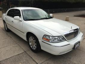 Lincoln Town Car Signure Limited At Muy Conservado Poco Uso