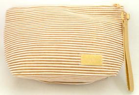 98d1f2471 Batom Dourado Avon - Calçados, Roupas e Bolsas no Mercado Livre Brasil