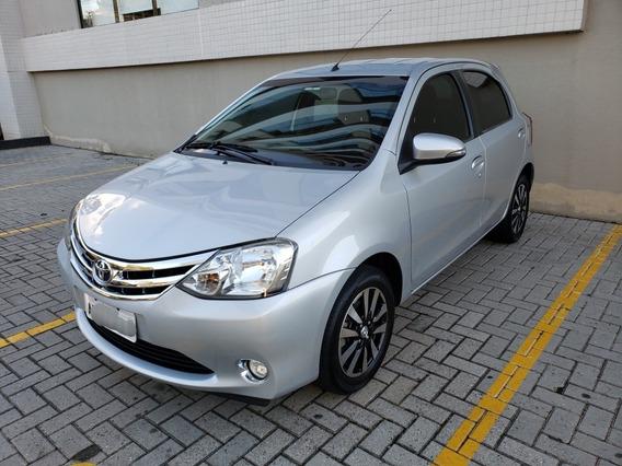 Toyota Etios Platinum 2015 Impecável