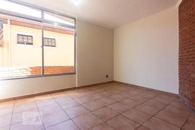 Apartamento No 1º Andar Com 3 Dormitórios E 1 Garagem - Id: 892920456 - 220456
