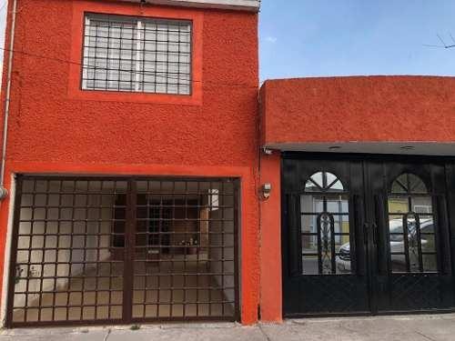 Casa Sola En Venta En Fracc. Ojo De Agua, Tecamac