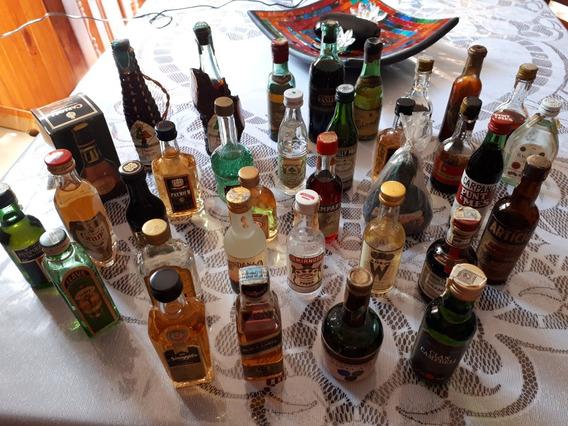 Colección De Botellas- Brandy Carlos I- Vino Mistela