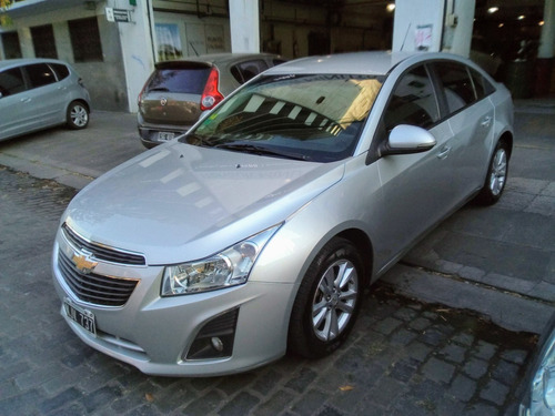 Chevrolet Cruze 1.8 Lt Mt 4 P (cf)