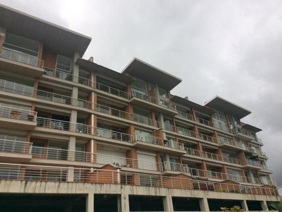 Apartamentos En Venta. Mls #20-11976 Teresa Gimón