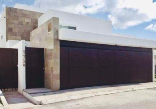 Hermosa Residencia En Venta En Juriquilla
