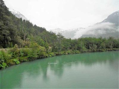 Se Vende Campo De 887,5 Ha. En Venta En Carretera Austral Sector Puerto Río Tranquilo, Glaciar Exploradores