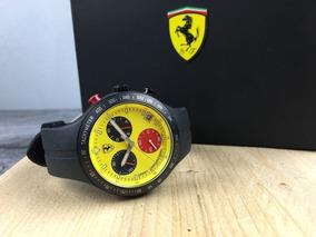 Relógio Cronógrafo Titanium Ferrari Pit Crew Scuderia F