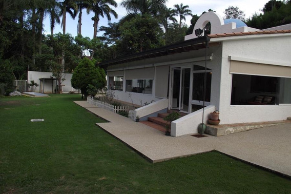 Casa En Venta Patricia Villavicencio Cerro Verde 20-5200