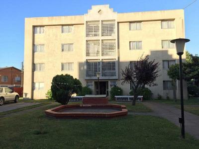 Lindo Departamento En Condominio En 1°piso Cercano A U.b.b. Sector Los Lirios