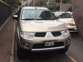 Vendo Mitsubishi Nativa, Perfecto Estado. Año 2010.