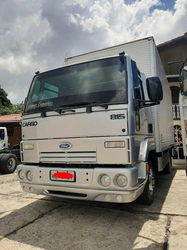 Ford Cargo 815 No Baú De 5.5mts