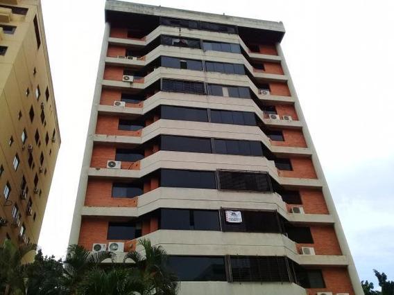 Apartamentos En Venta Valencia Carabobo 19-18049 Prr