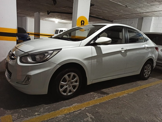 Hyundai I25 Sedan Excelente Estado