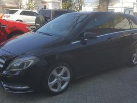Mercedes Benz Clase B200 Sport *acepto Moto*