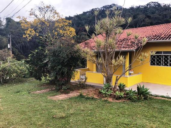 Casa Com 2 Quartos No Bairro Paraíso Em Viçosa Mg. - 5880
