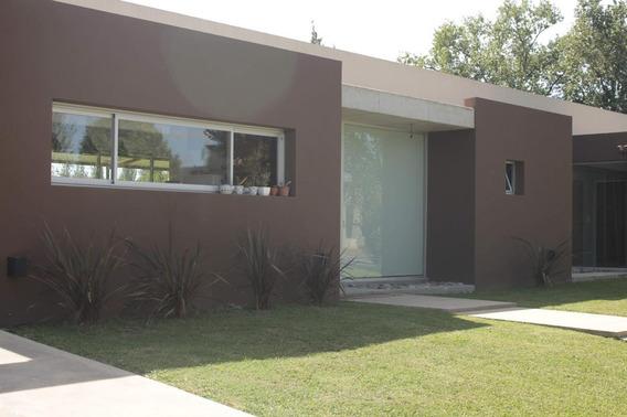 Casa En Venta - Arroyo Dulce Uf223