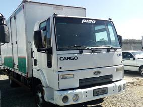 816 Cargo - Branca - 2012/13 - Baú - R$ 74.900,00