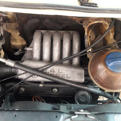 Volkswagen Caravelle 1998 2.4 4p