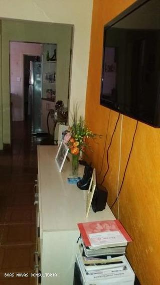 Casa Para Venda Em Guarulhos, Jardim Bela Vista, 2 Dormitórios, 1 Banheiro, 2 Vagas - 000729