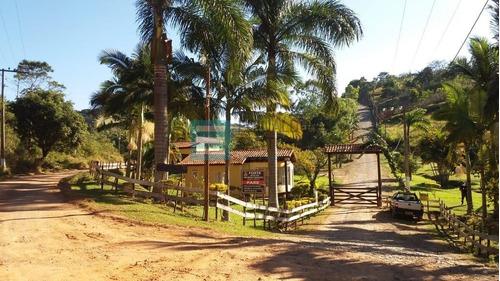 Edinaldo Santos - Condomínio Parque Da Cachoeira, Granja De 3.170 M2 - 843