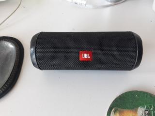 Jbl Flip3 - Bluetooth A Prueba De Salpicaduras- Usado