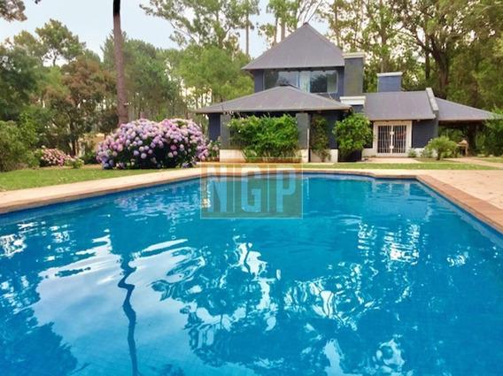 Hermosa Casa En Country Cerrado Arbolado -ref:25253