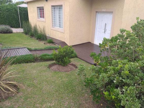 Venta - Casa De 3 Dormitorios - Bº Solares De Las Ensenadas