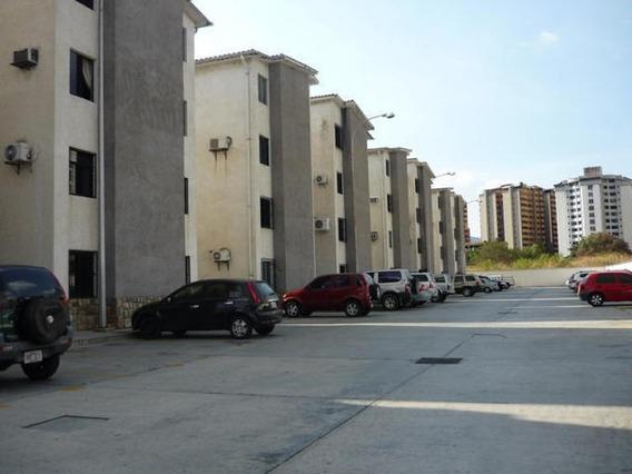 Apartamento En Venta La Granja 19-17201 Raga