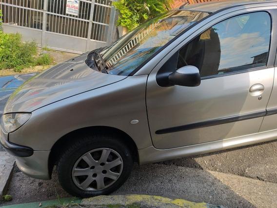 Peugeot 206 1.6 16v Presence 5p