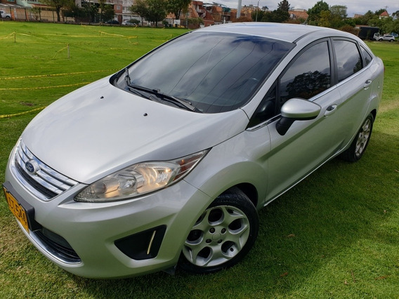 Ford Fiesta Se At 2011