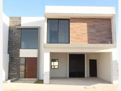 Casa En Venta En Fracc Los Viñedos