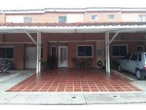Townhouse En Venta En Sabana Del Medio San Diego1914188valgo