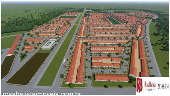 Casa Com 02 Dormitório(s) Localizado(a) No Bairro Olária Em Canoas / Canoas - C142