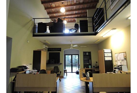Oficinas De Categoría En El Centro De La Ciudad.