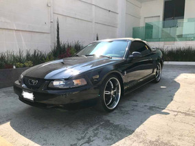 Ford Mustang V6 Piel Convertible