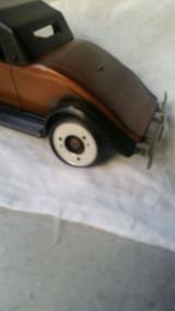 Rádio Em Formato De Carro Antigo