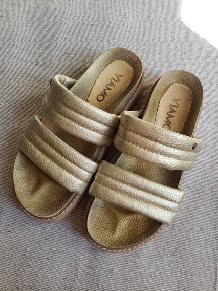 Sandalias Viamo Doradas