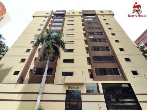 Apartamento En Venta San Isidro Cod. 20-18542